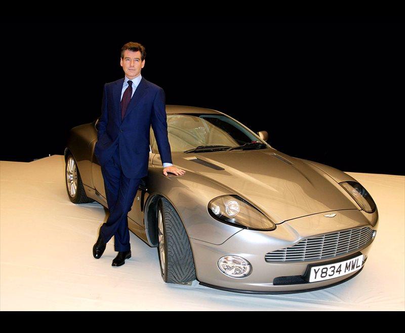 Pierce brosnan un 007 muy seguro for Oficina qualitas auto madrid