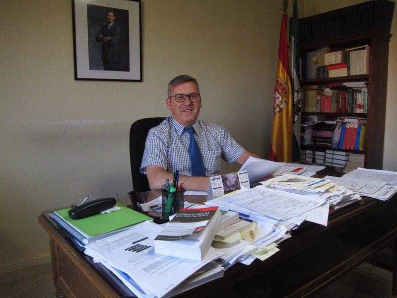 El juez decano pide que la ciudad de justicia de c rdoba for Unicaja barcelona oficinas