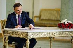 El president de Polònia veta la controvertida reforma judicial (PRESIDENCIA POLONIA)