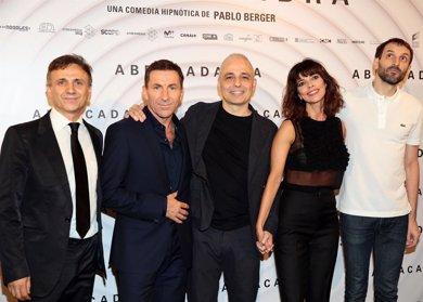 Maribel Verdú, Antonio de la Torre y José Mota estrenan 'Abracadabra'
