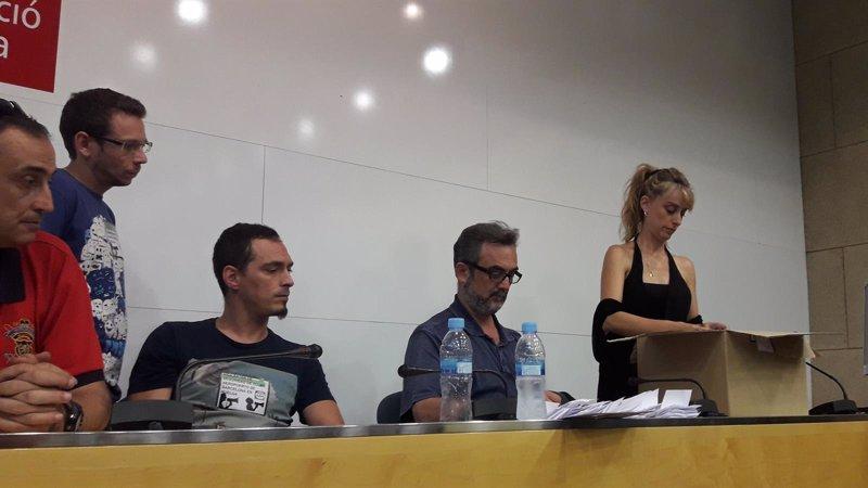 Los trabajadores de Eulen volverán a votar el domingo la propuesta de la Generalitat