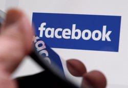 Facebook sap què fan els usuaris fora de la xarxa social gràcies a una aplicació VPN (REGIS DUVIGNAU)
