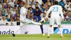 Luis Suárez estarà quatre setmanes de baixa per una lesió de genoll (MIGUEL RUIZ / FCB)