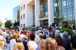 Centenars de persones fan cinc minuts de silenci a Cambrils per les víctimes dels darrers atemptats terroristes (ACN)