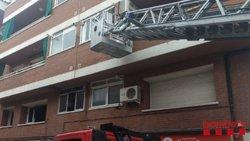 Evacuats a l'hospital quatre intoxicats lleus en l'incendi d'un pis a Caldes de Montbui (ACN)