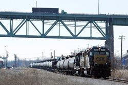 Més de 30 ferits per un xoc entre un tren amb passatgers i un altre buit a Filadèlfia (REUTERS / TOM MIHALEK)