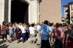 Sant Hipòlit de Voltregà dona l'últim adéu a la veïna que va perdre la vida durant l'atac terrorista de Barcelona (ACN)