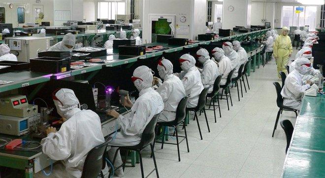 Rabajadores en la fábrica de Foxconn en Shenzhen