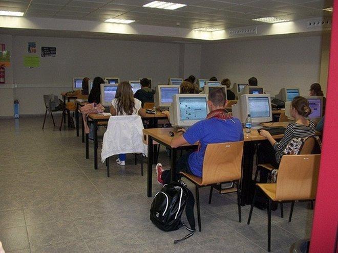 Usuarios Con Ordenadores Por Castellopaula CC Flickr